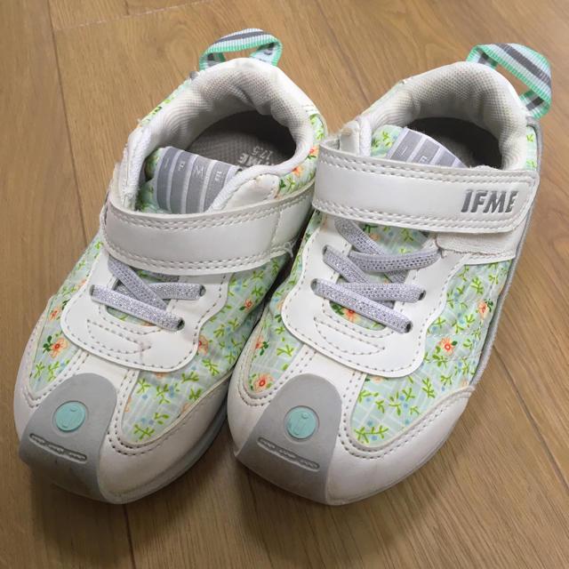 イフミー スニーカー 17.5 美品 キッズ/ベビー/マタニティのキッズ靴/シューズ (15cm~)(スニーカー)の商品写真