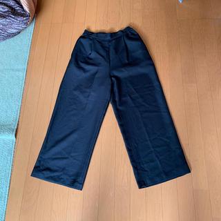 ショコラフィネローブ(chocol raffine robe)のワイドパンツ 黒  タック入りストレートパンツ 楽ケア グリーンパークス(カジュアルパンツ)