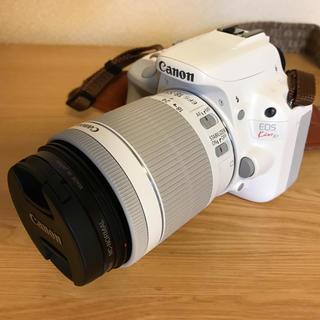 キヤノン(Canon)のCanon EOSkissX7ホワイト【極美品】(デジタル一眼)