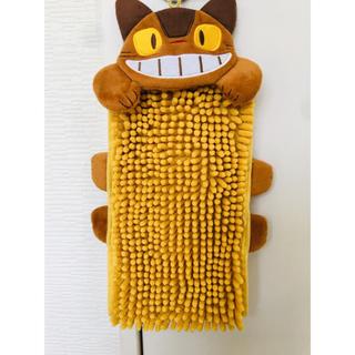 ジブリ(ジブリ)のトトロ ネコバス 猫バス タオル 手拭き (キャラクターグッズ)