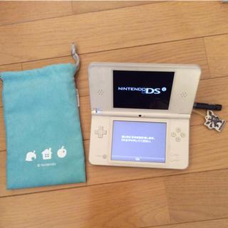 ニンテンドーDS(ニンテンドーDS)の任天堂 DSi LL &ゼクロムタッチペン&収納ポーチ (携帯用ゲーム本体)