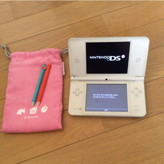 ニンテンドーDS(ニンテンドーDS)の任天堂 DSi LL &タッチペン&収納ポーチ (携帯用ゲーム本体)