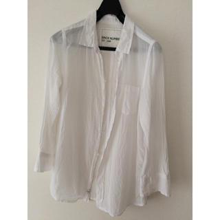 バックナンバー(BACK NUMBER)のバックナンバーの薄手の白シャツ(シャツ/ブラウス(長袖/七分))