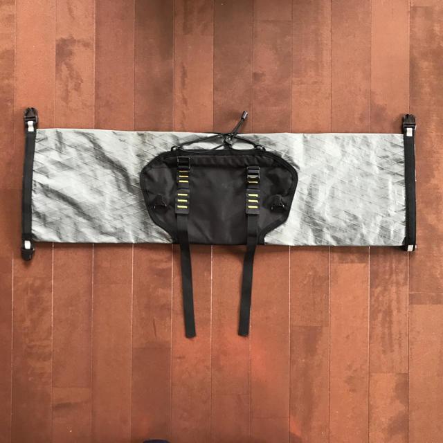 APIDURA ハンドルバーパック コンパクト 9L スポーツ/アウトドアの自転車(バッグ)の商品写真