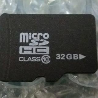 マイクロSDカード 32GB(その他)