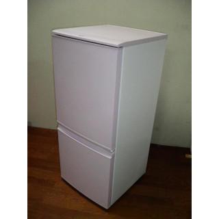 人気のピンク●シャープ冷蔵庫137L●0-1760(冷蔵庫)