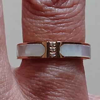 キラキラ付き天然白蝶貝使用チタンステンレスリング❤️最終値下げしました(リング(指輪))
