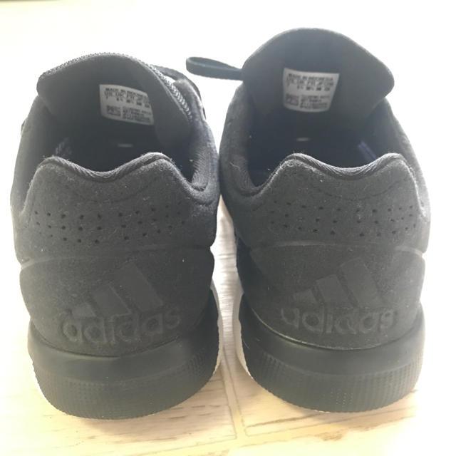 adidas(アディダス)のアディダス ランニングシューズ  23.5 パープル スリーライン スポーツ/アウトドアのランニング(シューズ)の商品写真