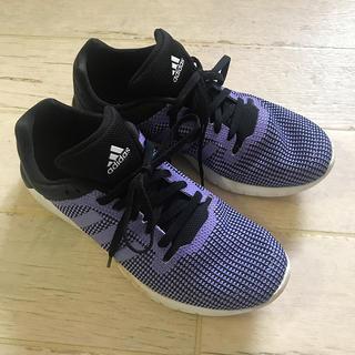 アディダス(adidas)のアディダス ランニングシューズ  23.5 パープル スリーライン(シューズ)
