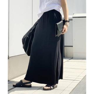 アパルトモンドゥーズィエムクラス(L'Appartement DEUXIEME CLASSE)のサテンラップスカート(ロングスカート)