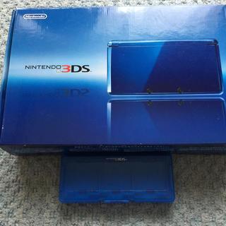 ニンテンドウ(任天堂)の3DS本体&ポケモンプラチナ、モンスターハンター(携帯用ゲーム本体)