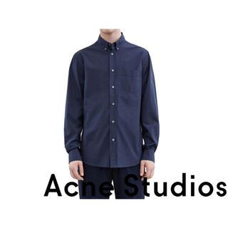 アクネ(ACNE)の定価2.6万新品 ACNE STUDIOS 定番ボタンダウンシャツ 48 ML(シャツ)