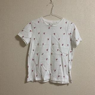 ジーユー(GU)のTシャツ ハート柄 GU 女性用(Tシャツ(半袖/袖なし))