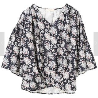 ショコラフィネローブ(chocol raffine robe)のchocol raffine robe  Vネックブラウス(ネイビー)(シャツ/ブラウス(長袖/七分))