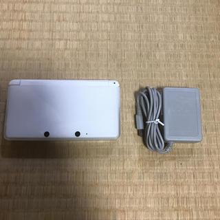 ニンテンドー3DS(ニンテンドー3DS)のニンテンドー3DS ホワイト充電器セット(携帯用ゲーム本体)