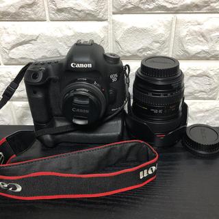 キヤノン(Canon)の5D mark3 レンズキット (バッテリーグリップ+40mmレンズ)(デジタル一眼)