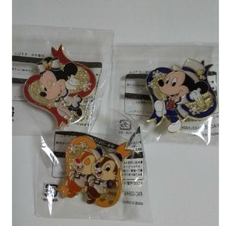ディズニー(Disney)の★ディズニー ミッキー ミニー チップ&デール ピンバッジ 3点セット  (バッジ/ピンバッジ)