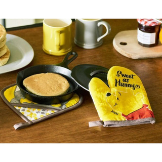 ディズニー(Disney)のくまのプーさん 鍋つかみ & 鍋敷き 2点セット ゼクシィ 9月号 付録(収納/キッチン雑貨)