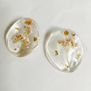 ザラ(ZARA)のclear flower pierce(ピアス)