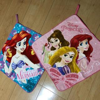 ディズニー(Disney)のループ付きタオル アリエル・プリンセス2枚組(タオル)