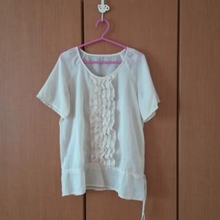 シマムラ(しまむら)の胸元のフリルが可愛いブラウス(シャツ/ブラウス(半袖/袖なし))