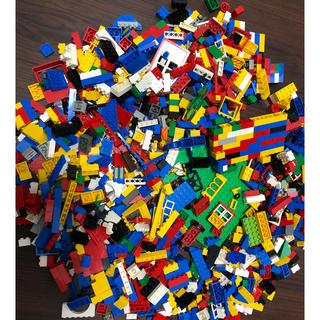 レゴ(Lego)のレゴ赤バケツLEGO1000ピース以上知育玩具(知育玩具)