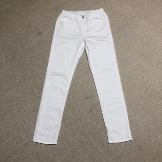 ユニクロ(UNIQLO)のUNIQLO boys ホワイトジーンズ(パンツ/スパッツ)