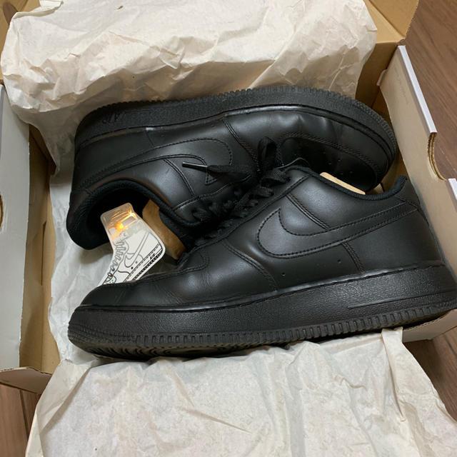NIKE(ナイキ)のAIR FORCE1 '07 メンズの靴/シューズ(スニーカー)の商品写真