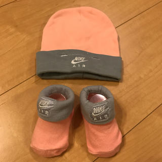 ナイキ(NIKE)の未使用✴︎NIKE AIRベビー靴下&帽子(帽子)