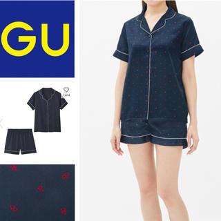 ジーユー(GU)のパジャマ(半袖&ショートパンツ)(サテン)(ハート)(パジャマ)