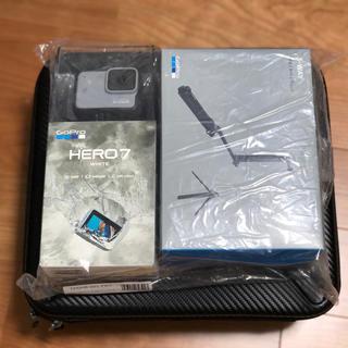 ゴープロ(GoPro)のGoPro HERO7&純正3way自撮り棒セット#gopro hero7(ビデオカメラ)