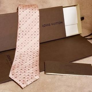ルイヴィトン(LOUIS VUITTON)のmomo様専用 ルイ ヴィトン シルク ネクタイ ピンク 新品 箱 袋(ネクタイ)