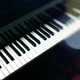 楽譜作成(簡単な伴奏に、指番号記入、など)