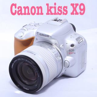 キヤノン(Canon)の⭐️Canon キャノン Eos kiss X9⭐️レアカラー⭐️美品⭐️(デジタル一眼)