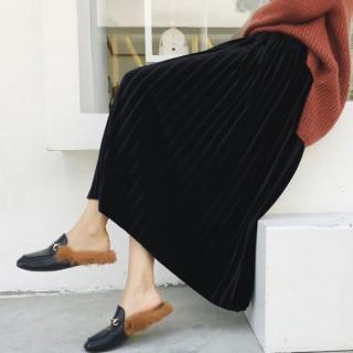 【即日発送】 ブラック ベロア プリーツスカート ミモレ丈 ハイウエスト(ひざ丈スカート)