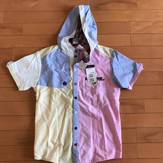アップスタート(UPSTART)の⭐︎最終価格⭐︎UPSTARTフード付きマルチカラーシャツ サイズM(シャツ/ブラウス(半袖/袖なし))