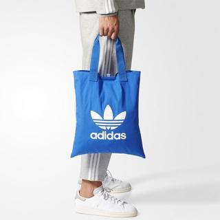 アディダス(adidas)の【新品・即発送OK】adidas オリジナルス ショッパーバック 青 ブルー(トートバッグ)