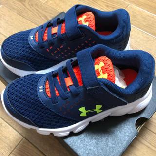 アンダーアーマー(UNDER ARMOUR)の17 新品 アンダーアーマー シューズ 靴(スニーカー)