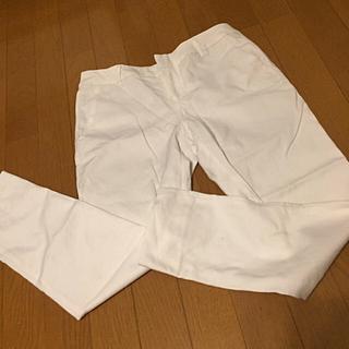 ジーユー(GU)のGU 白 ホワイト ストレートパンツ(カジュアルパンツ)