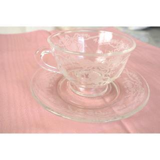 アビランド(Haviland)のアメリカ製フォストリア ロマンス ティーカップ&ソーサー (食器)