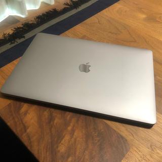 アップル(Apple)のMacBook Pro15(2018) i7 2.2GH 16G 256G  (ノートPC)