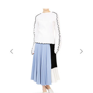 ルシェルブルー    ブロッキングしてプリーツスカート