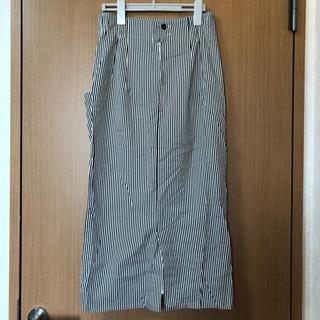 ストライプ柄ロングスカート