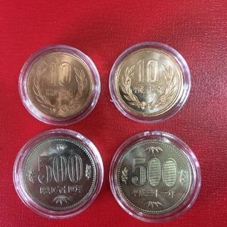 昭和64年,平成31年の500円,10円硬貨  ロール出しのカプセル入り 4枚