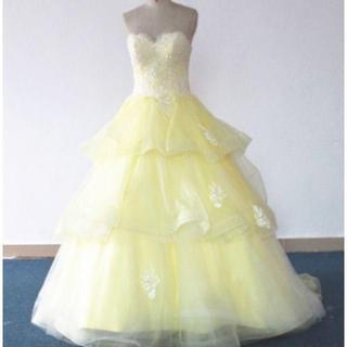 a442a750b2d82 ウエディングドレス オフショル カラードレス トレーン ライトイエロー(ウェディングドレス)