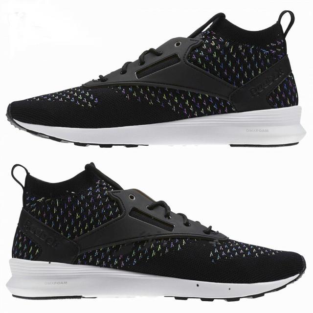 Reebok(リーボック)の【新品】リーボック ゾクランナー ウルトラ ニット スニーカー メンズの靴/シューズ(スニーカー)の商品写真