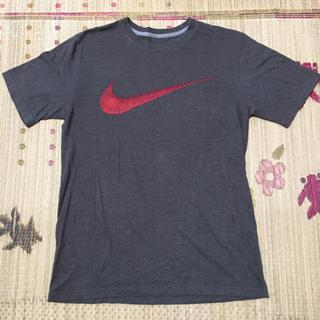 ナイキ(NIKE)のNIKE グレー Tシャツ Mサイズ(Tシャツ/カットソー(半袖/袖なし))