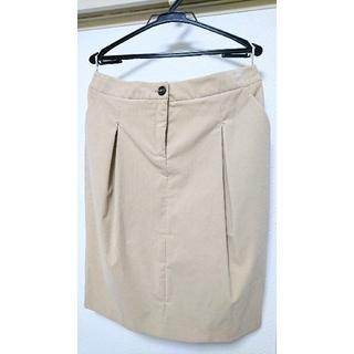 サルヴァトーレフェラガモ(Salvatore Ferragamo)の未使用品フェラガモFerragamoコーデュロイスカート大きいサイズ13(ひざ丈スカート)