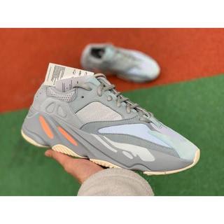 アディダス(adidas)のYEEZY BOOST 700 INERTIA(スニーカー)