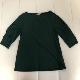 エイチアンドエム(H&M)のグリーンシャツ(Tシャツ(半袖/袖なし))